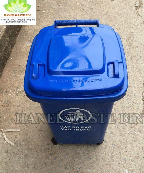 thung rac nhua 60 lit xanh dương